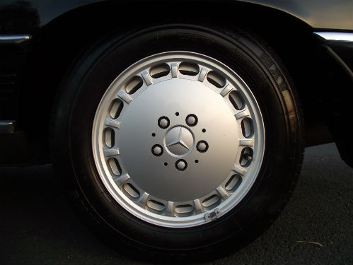 1989 mercedes benz 500 sl r107 wheel