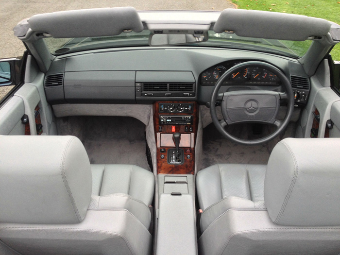 1990 Mercedes-Benz R129 500SL Roadster Interior 1