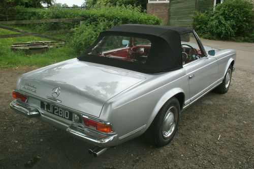 1965 Mercedes-Benz SL230 Pagoda Soft Top