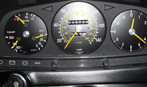 1978 mercedes 280 e auto dashboard