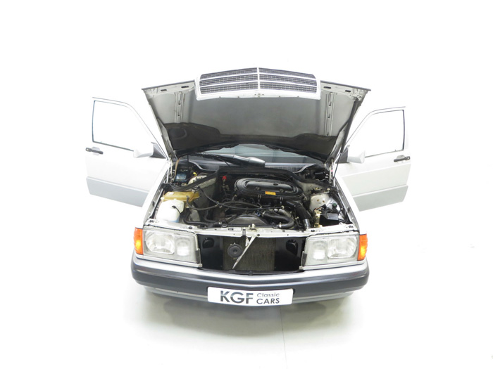 1993 Mercedes-Benz W201 190E Engine Bay
