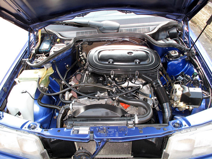 1993 Mercedes-Benz W201 190LE Engine Bay