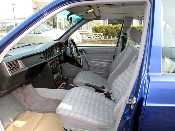 1993 Mercedes-Benz W201 190LE Front Interior