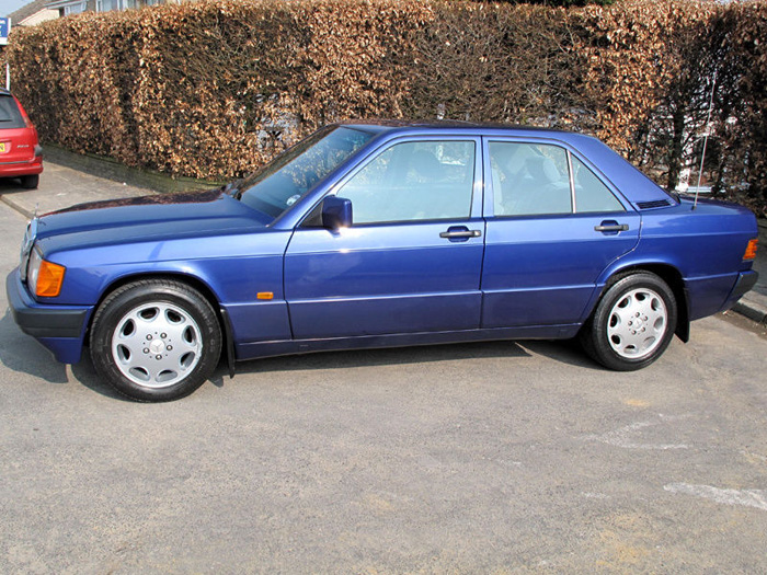 1993 Mercedes-Benz W201 190LE Left Side