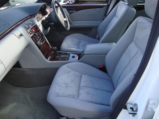 1996 Mercedes-Benz W210 E280 Front Interior 1