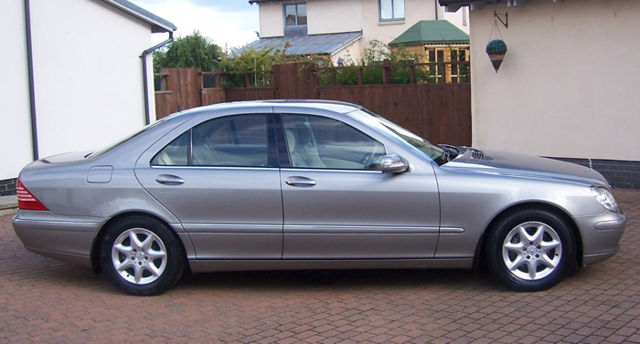 2004 Mercedes-Benz W220 S280 Right Side