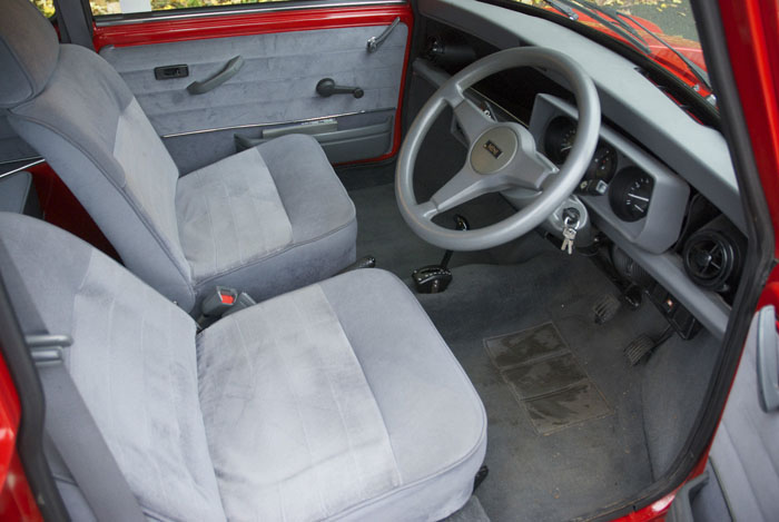 1991 Mini Mayfair 998cc Interior