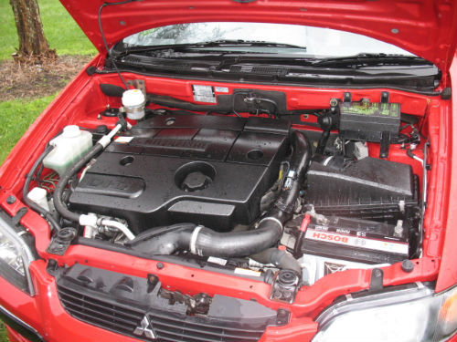2003 mitsubishi space star di-d 1870cc diesel engine bay