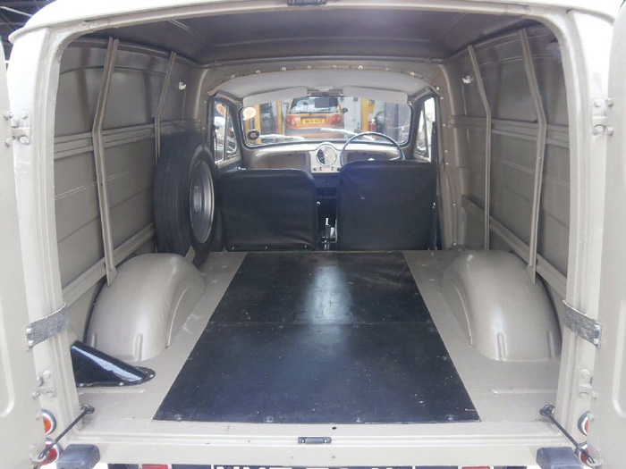 1972 Morris Minor Van Bed