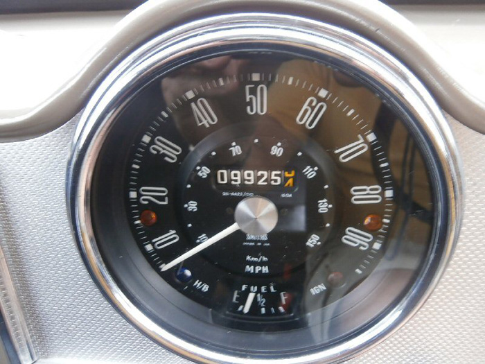 1972 Morris Minor Van Speedometer