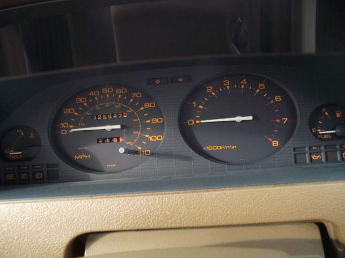 1983 Datsun Nissan Cherry 1.3 GL Dashboard Gauges