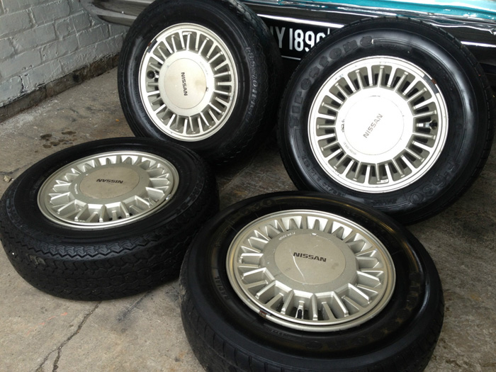 1988 Nissan Laurel C32 2.4 SGX Original Wheels