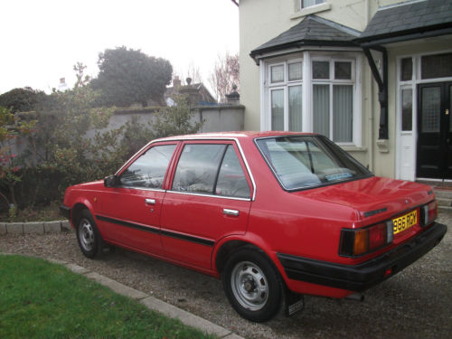 1985 nissan sunny 1.3 gs red 4