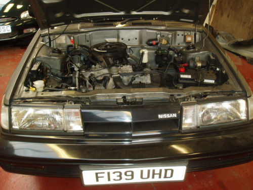 1988 nissan sunny coupe grey engine bay