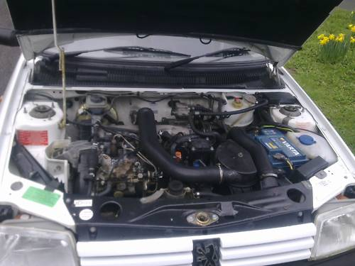 1993 l peugeot 205 diesel 1.8 style 5 door engine bay