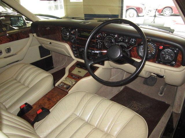 featured cars rolls royce camargue 1980 rolls royce camargue ref 1181. Black Bedroom Furniture Sets. Home Design Ideas