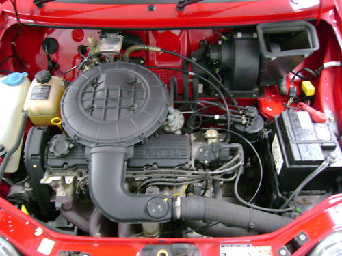 1993 rover metro quest 1.1l red engine bay