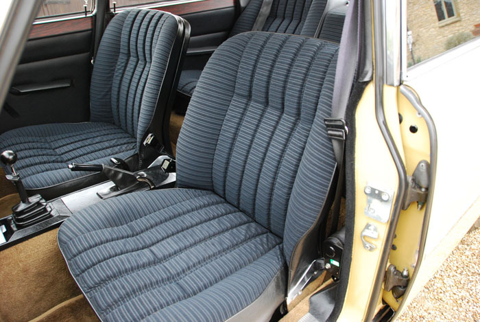 1974 Rover 2200 SC P6 Front Seats