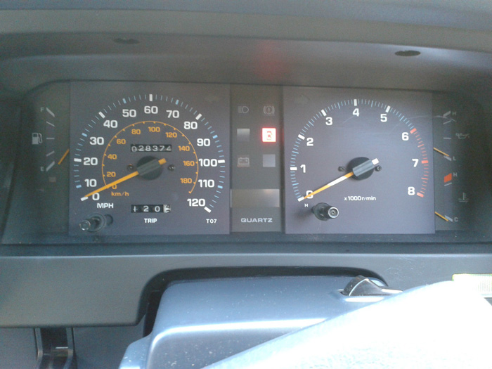 1984 Toyota Carina II 1.6 GL Dashboard Gauges