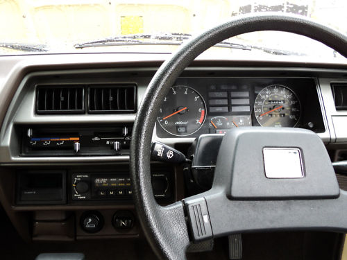 1984 triumph acclaim hl trio auto beige dashboard
