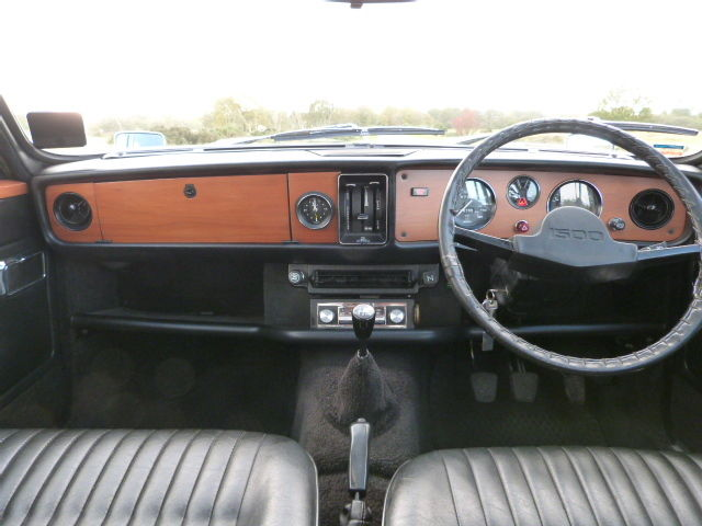 1976 Triumph Dolomite 1500 TC Dashboard Steering Wheel