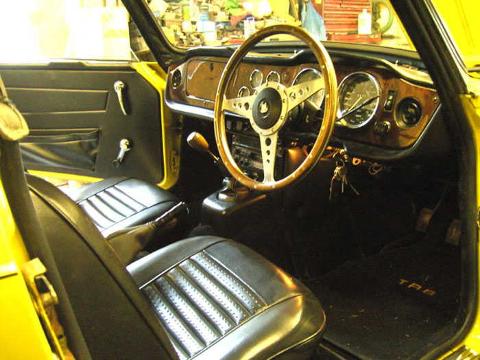 1973 triumph tr6 yellow fuel injection manual overdrive interior