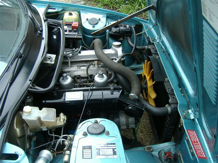 1980 triumph tr7 dhc engine bay