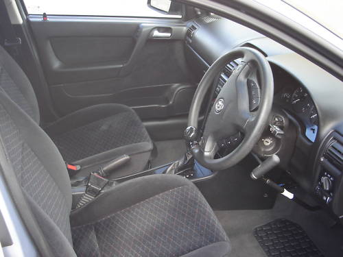 2000 vauxhall astra club auto grey interior