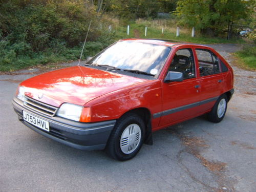 1991 vauxhall astra l red 2