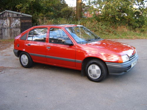 1991 vauxhall astra l red 3