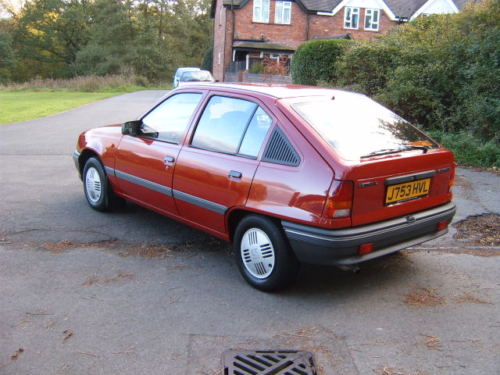 1991 vauxhall astra l red 4