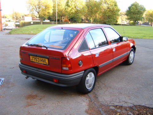 1991 vauxhall astra l red 5