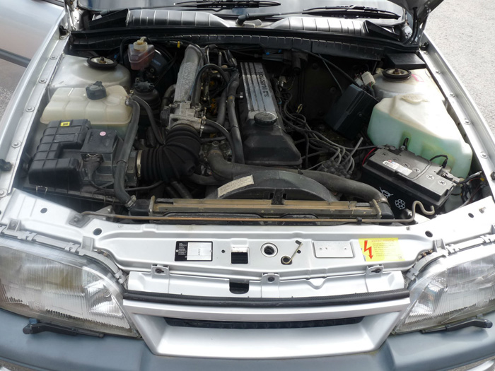1989 Vauxhall Carlton GSi 3000 Engine Bay