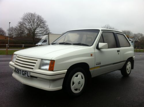 1987 vauxhall nova club white 2