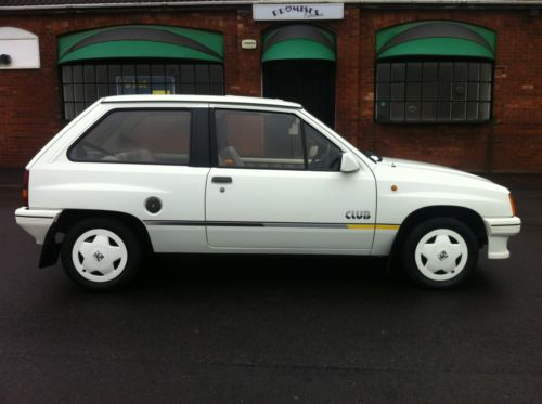 1987 vauxhall nova club white 7