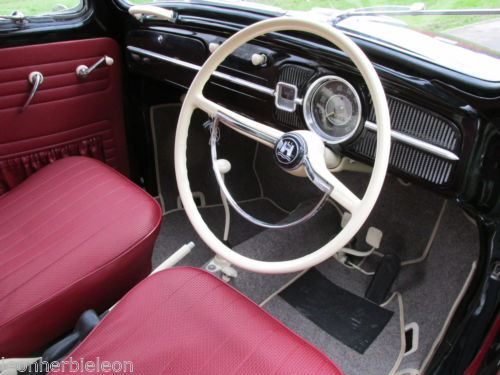1961 Volkswagen Beetle 1200 Dashboard Steering Wheel