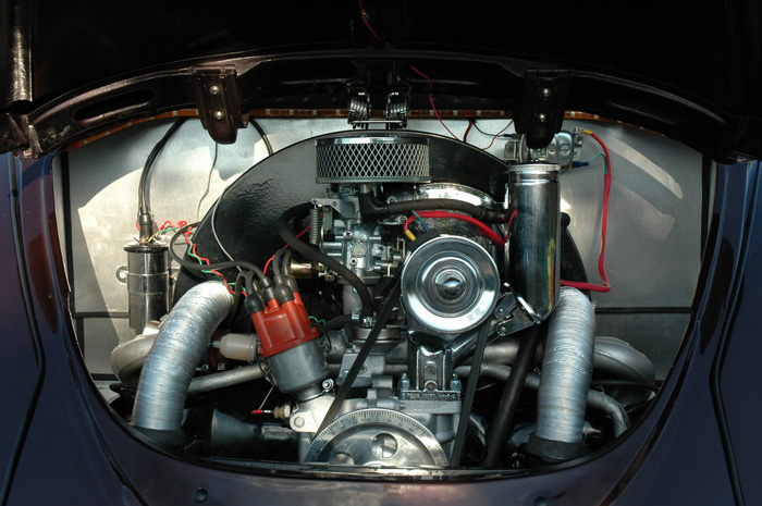 1965 Volkswagen Beetle 1600 Engine Bay