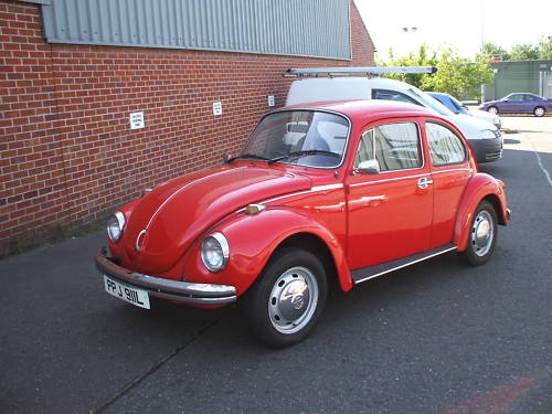 featured cars volkswagen beetle 1973 volkswagen beetle 1300cc ref 123. Black Bedroom Furniture Sets. Home Design Ideas