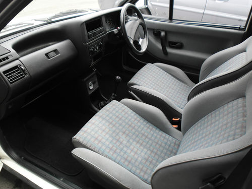 1991 Volkswagen Polo GT Coupe Interior 2