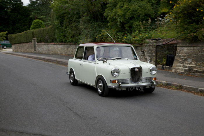 1968 wolseley hornet mk3 show winning concourse condition car 2